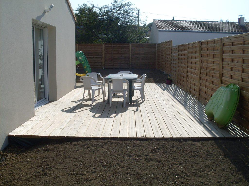 Am nagement jardin terrasse bois saint herblain 44 for Devis amenagement terrasse