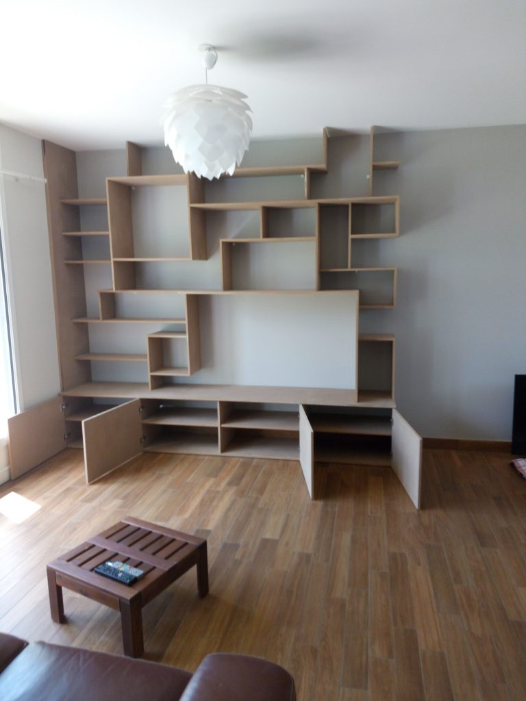 cr ation biblioth que en bois design sur rez 44. Black Bedroom Furniture Sets. Home Design Ideas