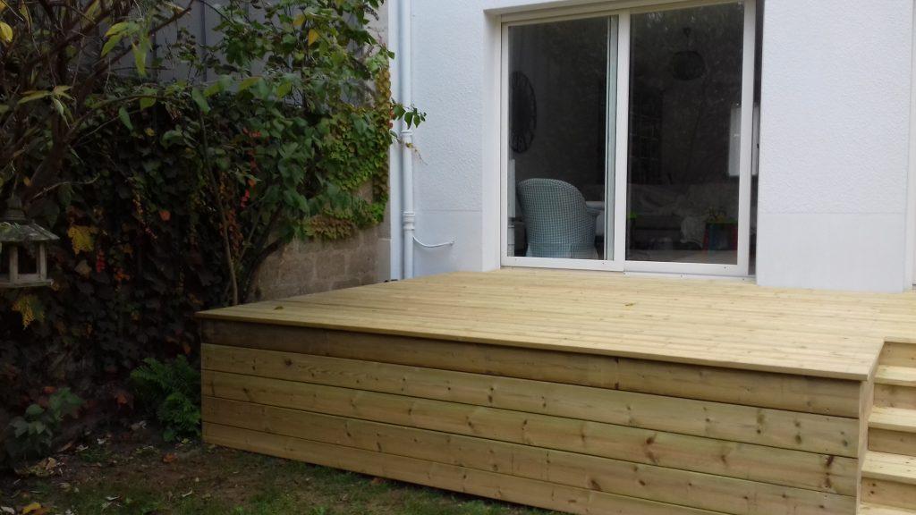 R alisations ext rieures archives artisan menuisier bois en loire atlantique 44 terrasse for Bouguenais piscine